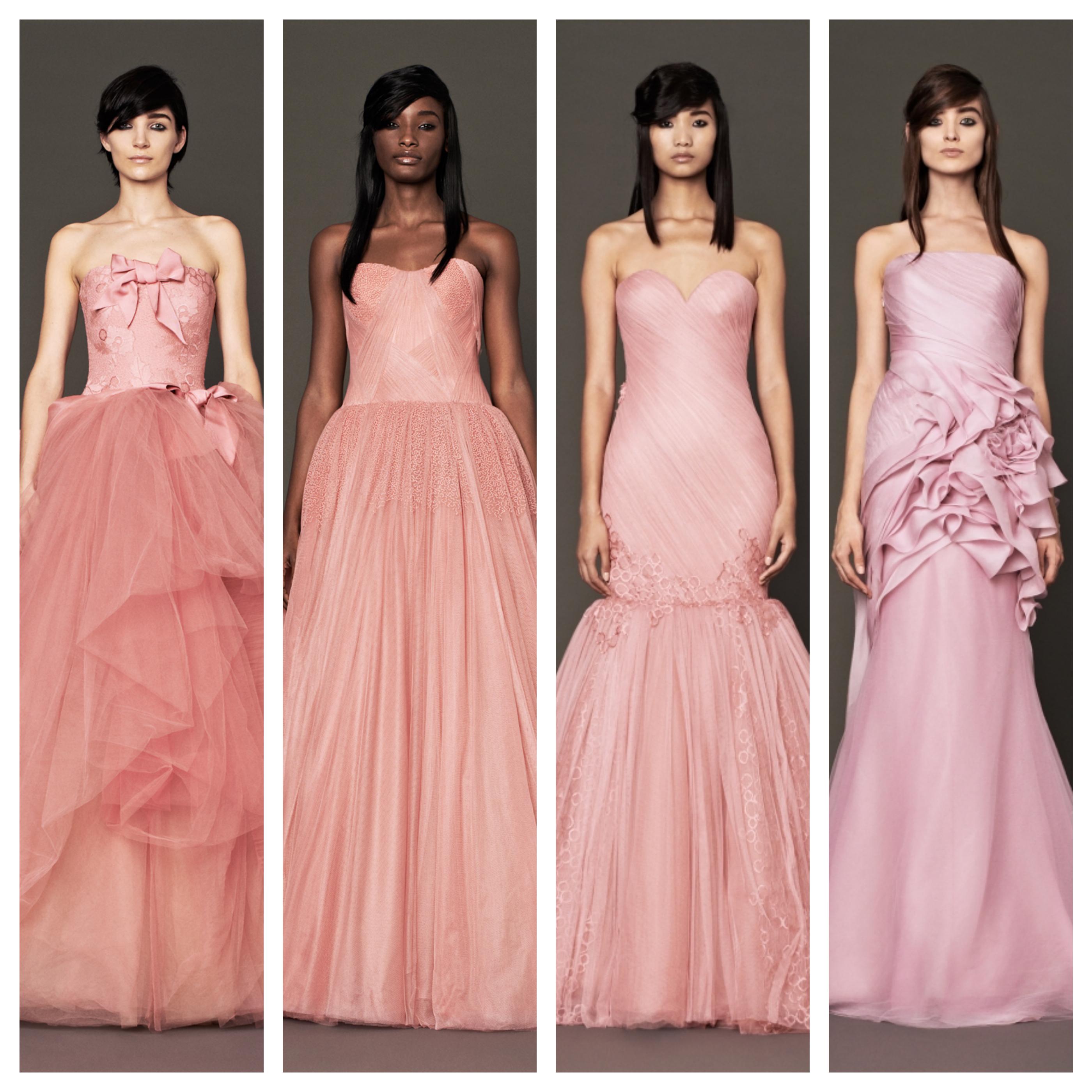 I svatební šaty mohou hýřit barvami