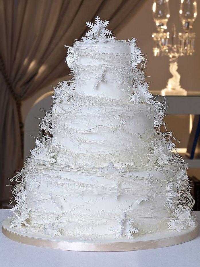 """""""Událost jako svatba si zaslouží speciální oblek,"""" říká Martina Kučerová z pánského butiku svatebního domu Nuance"""