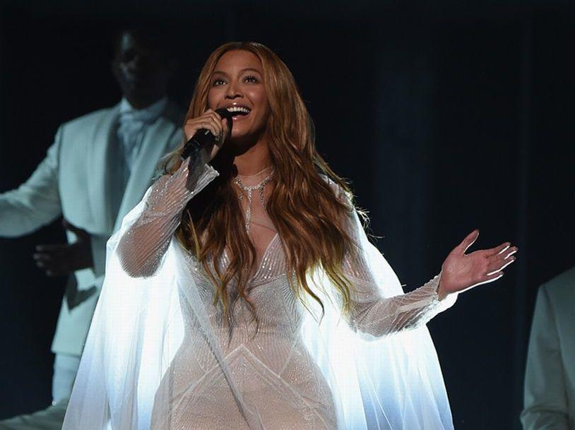 Grammy Awards 2015: svatební look, který si zamilujete!