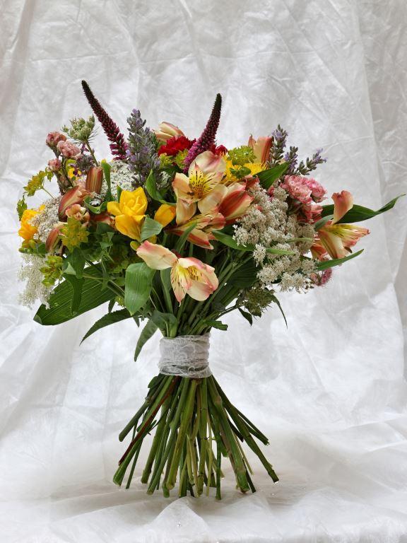 …existuje vatičkovaná svatební kytice?
