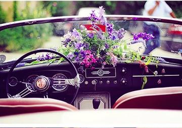 Originální svatební výzdoba auta