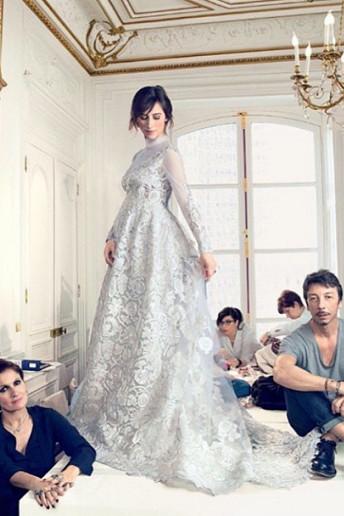 Svatební šaty Sophie Hunter odhaleny!