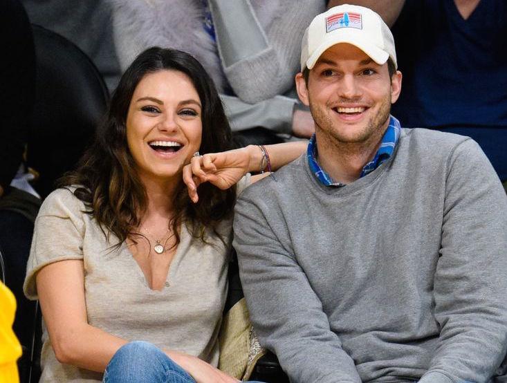 ...Mila Kunis & Ashton Kutcher se vzali?