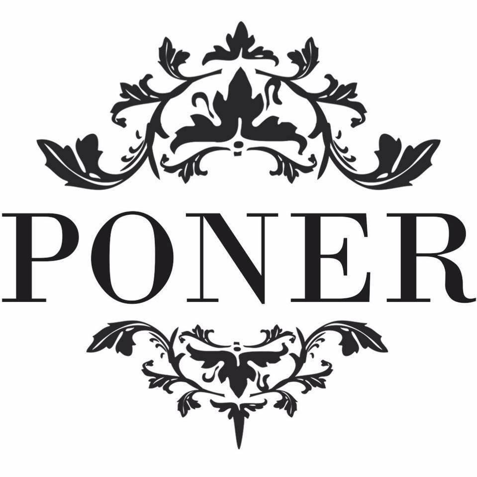 """""""Většina nevěst chodí s nějakou představou, ale pak už nám nechávají volnou ruku,"""" říká sourozenecké návrhářské duo značky Poner"""
