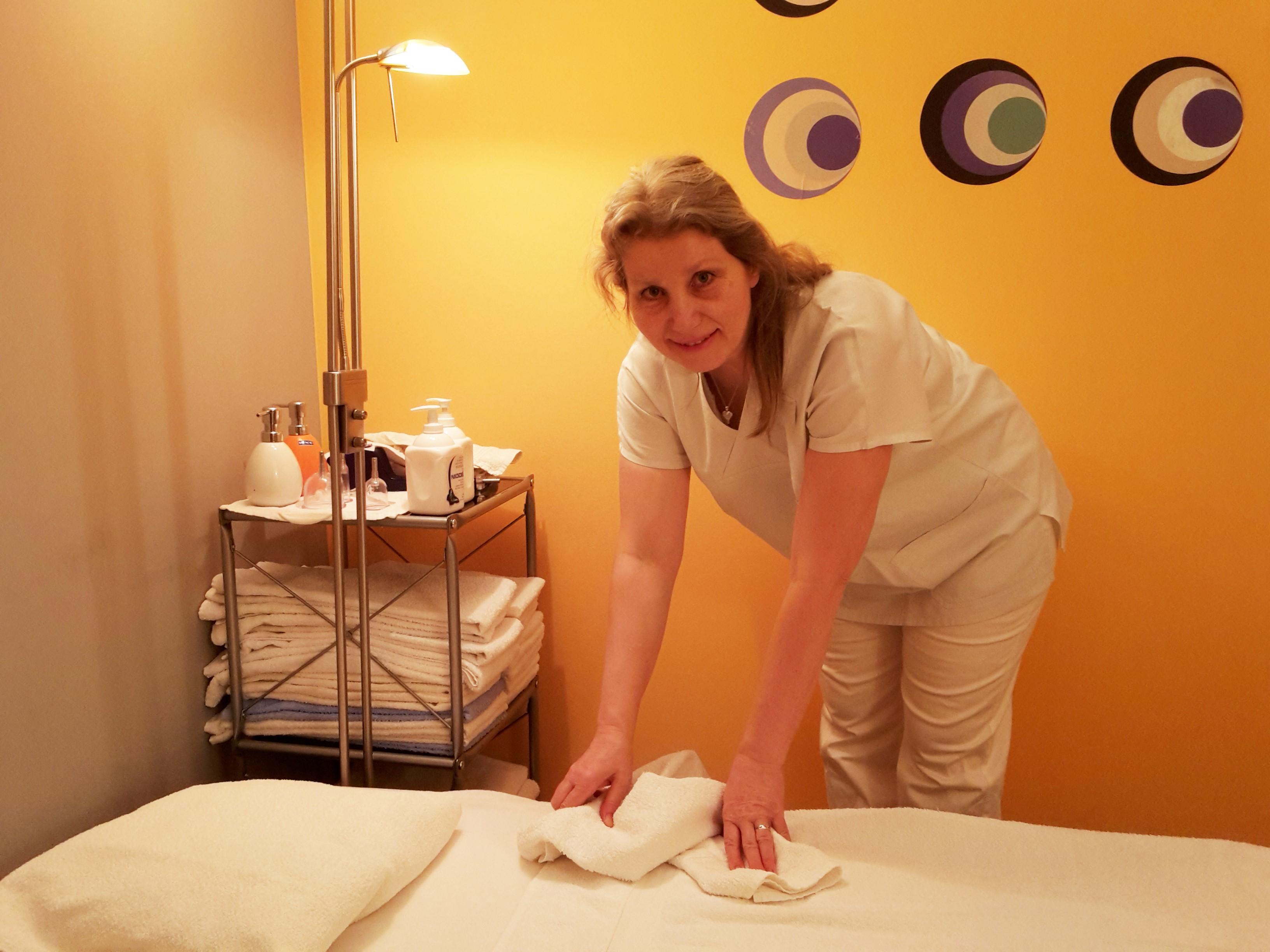 """""""Masírování není jen požitek, má i blahodárné zdravotní účinky,"""" říká masérka Hana Mládková"""