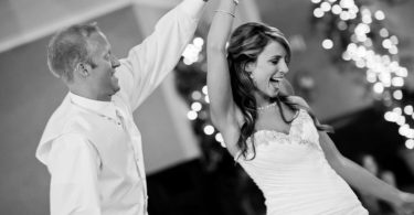 Svatba a cigareta – že to nejde dohromady? Máme pro vás alternativu!