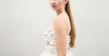 Šaty podle Lay Sedlákové: Flower Embroidery Atelier