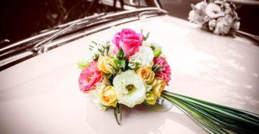 Tipy, jak vyzdobit auta ve svatební koloně