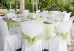 Výzdoba svatebního stolů: Florální motivy vhlavní roli