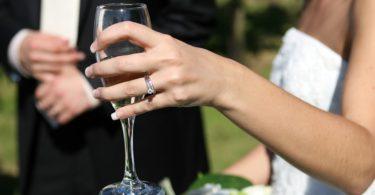 Jak pronést dobrý svatební proslov?