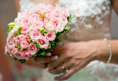 Víte, jak by měla vypadat svatební kytice? My ano!