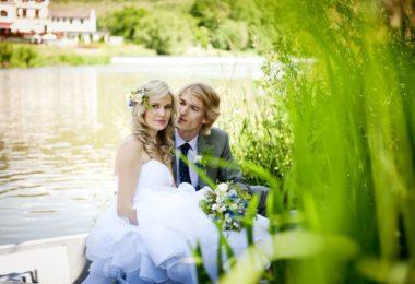 Chcete romantickou svatbu? Ostrov na Berounce u Karlštejna je tím pravým místem!